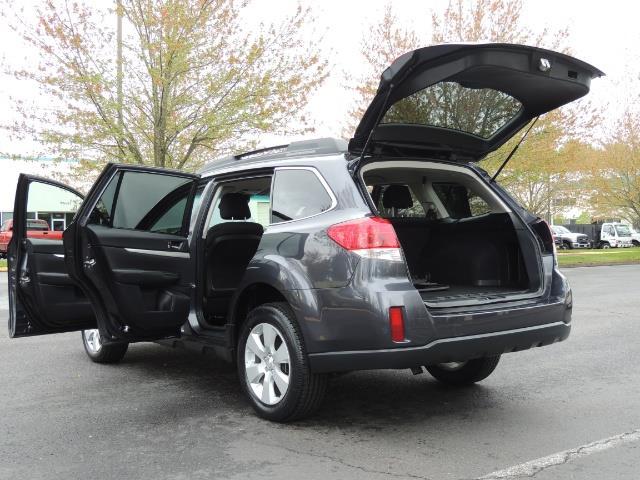 2012 Subaru Outback 2.5i Premium Wagon / ALL WHEEL DRIVE  / LOW MILES - Photo 32 - Portland, OR 97217