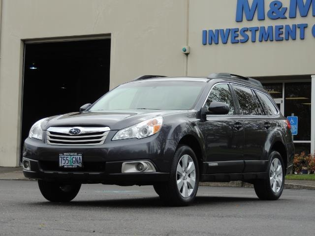2012 Subaru Outback 2.5i Premium Wagon / ALL WHEEL DRIVE  / LOW MILES - Photo 1 - Portland, OR 97217