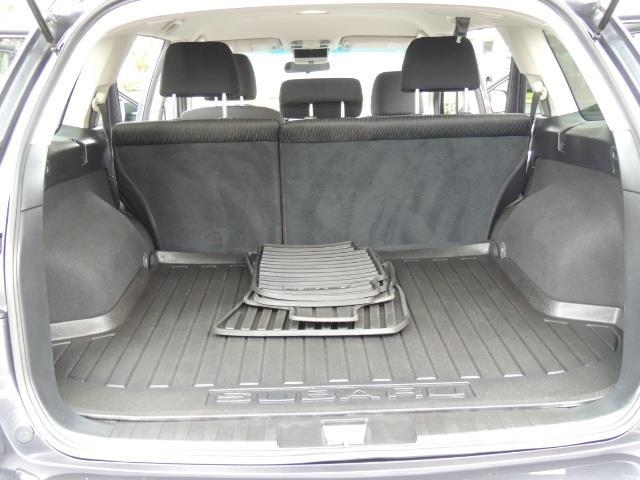 2012 Subaru Outback 2.5i Premium Wagon / ALL WHEEL DRIVE  / LOW MILES - Photo 16 - Portland, OR 97217
