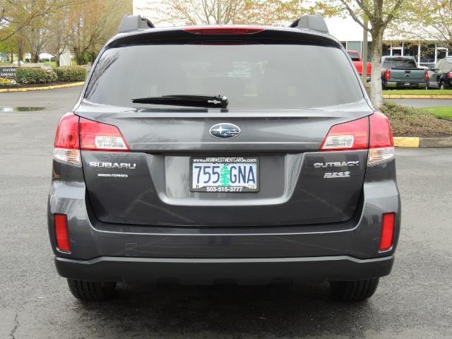 2012 Subaru Outback 2.5i Premium Wagon / ALL WHEEL DRIVE  / LOW MILES - Photo 6 - Portland, OR 97217