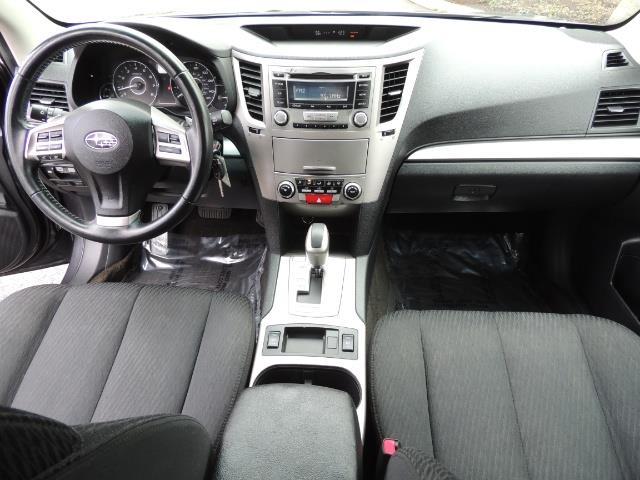 2012 Subaru Outback 2.5i Premium Wagon / ALL WHEEL DRIVE  / LOW MILES - Photo 26 - Portland, OR 97217