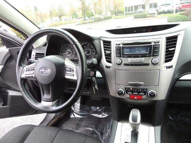 2012 Subaru Outback 2.5i Premium Wagon / ALL WHEEL DRIVE  / LOW MILES - Photo 28 - Portland, OR 97217