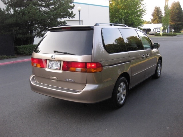 Wonderful 2003 Honda Odyssey EX L V6 Captain Chairs / Rear DVD / LOW MILES!