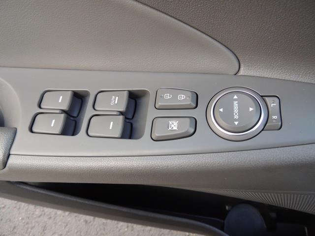 2013 Hyundai Sonata 2.0T Limited w/Navi / Leather / Loaded / 1-OWNER - Photo 35 - Portland, OR 97217