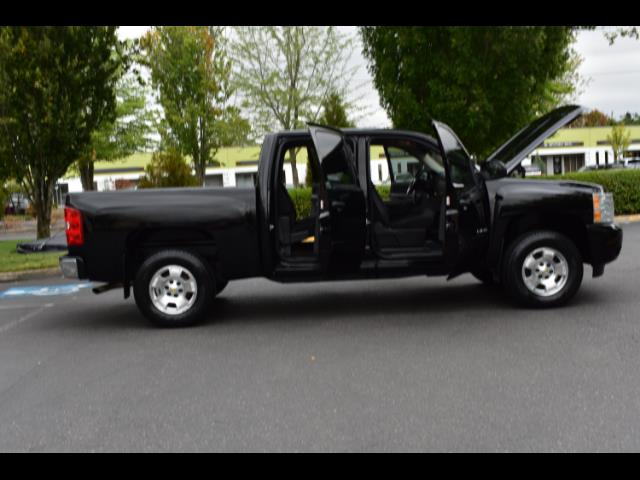 2011 Chevrolet Silverado 1500 LT / Crew Cab / 5.3L 8Cyl / 4X4 / Excel Cond - Photo 29 - Portland, OR 97217