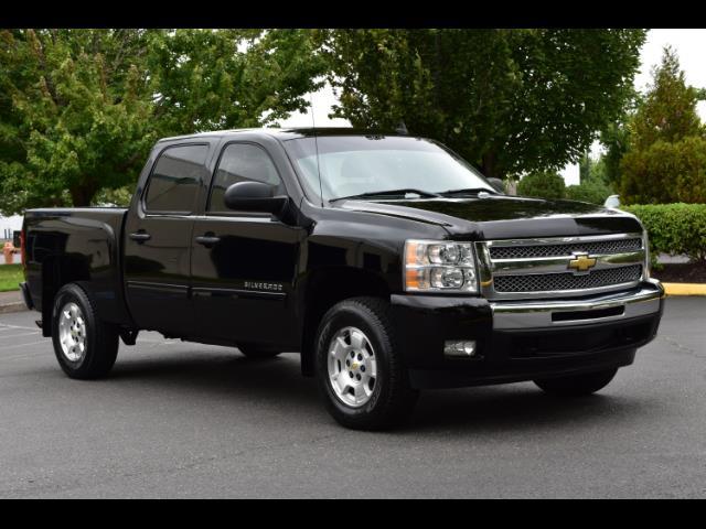 2011 Chevrolet Silverado 1500 LT / Crew Cab / 5.3L 8Cyl / 4X4 / Excel Cond - Photo 2 - Portland, OR 97217