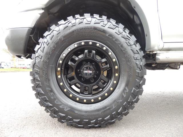 2003 Toyota Tacoma V6 2dr Xtracab / 4X4 / 3.4L / 5-SPEED / LIFTED - Photo 22 - Portland, OR 97217