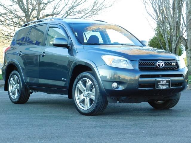2008 Toyota RAV4 Sport / AWD / Sport Utility / Sunroof / 1-OWNER - Photo 2 - Portland, OR 97217