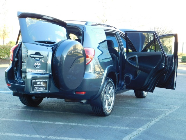 2008 Toyota RAV4 Sport / AWD / Sport Utility / Sunroof / 1-OWNER - Photo 28 - Portland, OR 97217