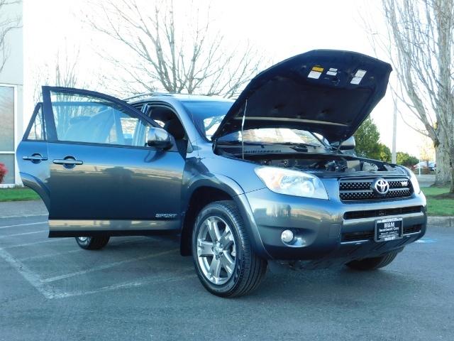 2008 Toyota RAV4 Sport / AWD / Sport Utility / Sunroof / 1-OWNER - Photo 30 - Portland, OR 97217