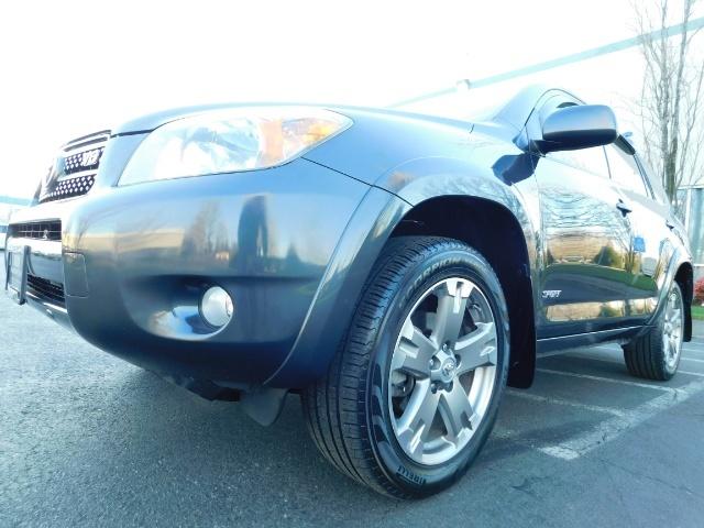 2008 Toyota RAV4 Sport / AWD / Sport Utility / Sunroof / 1-OWNER - Photo 9 - Portland, OR 97217