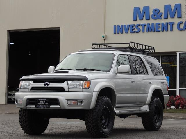 2001 Toyota 4Runner SPORT SR5 / 4X4 / Sunroof / LIFTED LIFTED - Photo 1 - Portland, OR 97217
