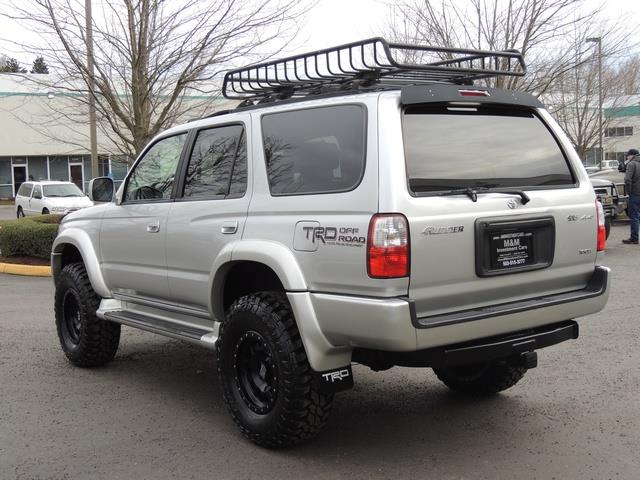 2001 Toyota 4Runner SPORT SR5 / 4X4 / Sunroof / LIFTED LIFTED - Photo 7 - Portland, OR 97217