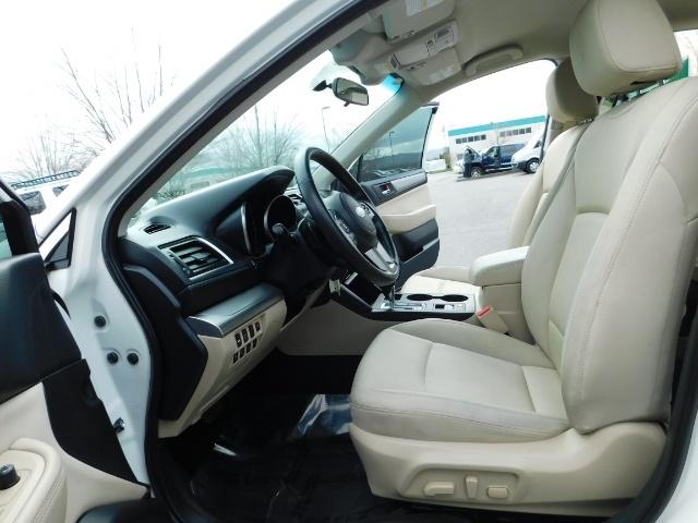 2015 Subaru Legacy 2.5i Premium  / All Wheel Drive / 1-Owner - Photo 14 - Portland, OR 97217
