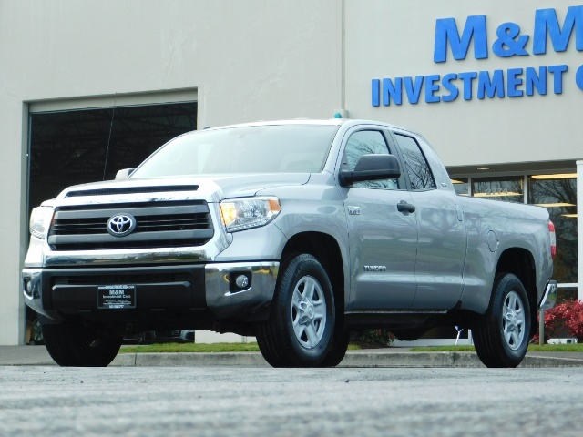 2014 Toyota Tundra SR5 Double Cab 1-OWNER 12,225 Miles Factory Warty - Photo 1 - Portland, OR 97217