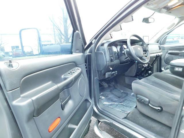 2004 Dodge Ram 2500 SLT 4X4 / Diesel 5.9L / 6-SPEED / 128k Mi LIFTED - Photo 13 - Portland, OR 97217