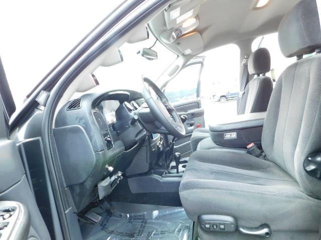 2004 Dodge Ram 2500 SLT 4X4 / Diesel 5.9L / 6-SPEED / 128k Mi LIFTED - Photo 14 - Portland, OR 97217