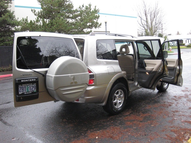 2002 Mitsubishi Montero Limited / 4WD / V6 / 3RD Seat / Leather / Loaded - Photo 14 - Portland, OR 97217