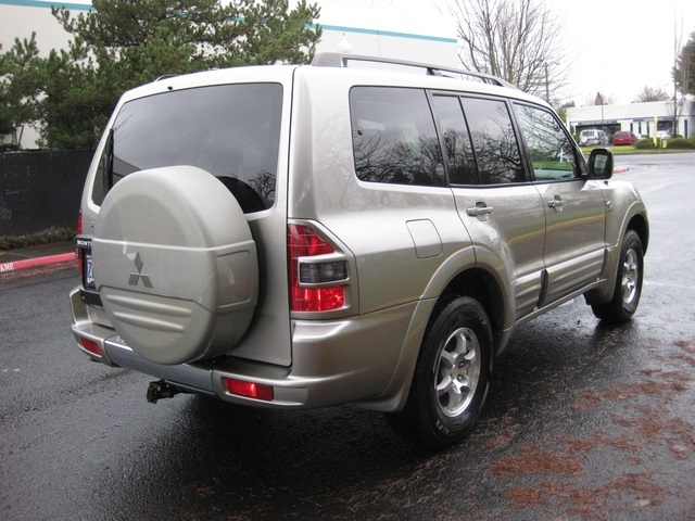 2002 Mitsubishi Montero Limited / 4WD / V6 / 3RD Seat / Leather / Loaded - Photo 8 - Portland, OR 97217