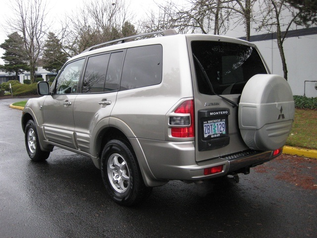 2002 Mitsubishi Montero Limited / 4WD / V6 / 3RD Seat / Leather / Loaded - Photo 7 - Portland, OR 97217
