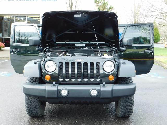 2012 Jeep Wrangler Unlimited Sport / 4x4 / Hard Top / 1-Owner - Photo 33 - Portland, OR 97217