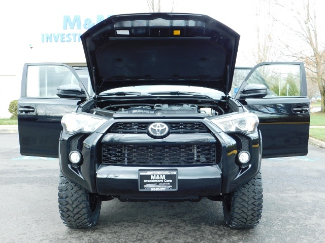 "2016 Toyota 4Runner 4X4 V6 / NAVi / CAM / 20 "" XD's / WARRANTY / LIFTED - Photo 30 - Portland, OR 97217"