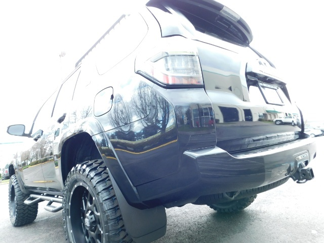 "2016 Toyota 4Runner 4X4 V6 / NAVi / CAM / 20 "" XD's / WARRANTY / LIFTED - Photo 10 - Portland, OR 97217"
