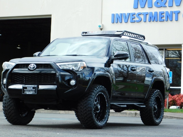 "2016 Toyota 4Runner 4X4 V6 / NAVi / CAM / 20 "" XD's / WARRANTY / LIFTED - Photo 43 - Portland, OR 97217"