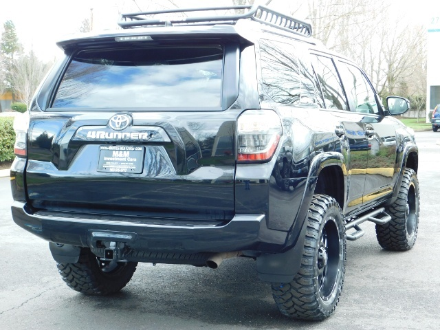 "2016 Toyota 4Runner 4X4 V6 / NAVi / CAM / 20 "" XD's / WARRANTY / LIFTED - Photo 8 - Portland, OR 97217"