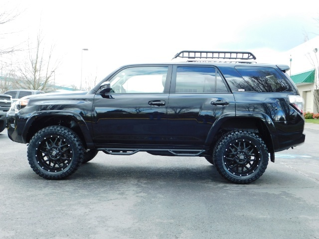 "2016 Toyota 4Runner 4X4 V6 / NAVi / CAM / 20 "" XD's / WARRANTY / LIFTED - Photo 3 - Portland, OR 97217"