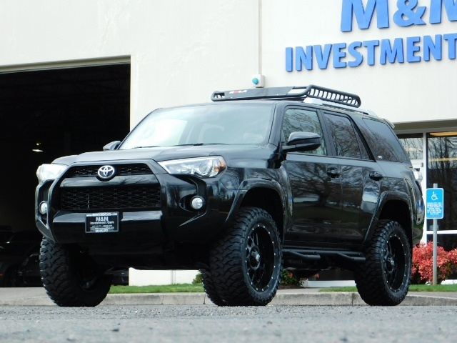 "2016 Toyota 4Runner 4X4 V6 / NAVi / CAM / 20 "" XD's / WARRANTY / LIFTED - Photo 1 - Portland, OR 97217"