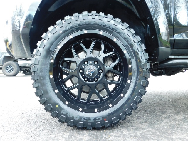 "2016 Toyota 4Runner 4X4 V6 / NAVi / CAM / 20 "" XD's / WARRANTY / LIFTED - Photo 23 - Portland, OR 97217"