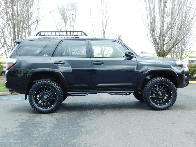 "2016 Toyota 4Runner 4X4 V6 / NAVi / CAM / 20 "" XD's / WARRANTY / LIFTED - Photo 4 - Portland, OR 97217"