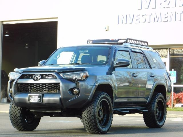 2016 Toyota 4Runner SR5 / 4X4 / Nav / Backup/ LIFTED LIFTED / Execl Co - Photo 44 - Portland, OR 97217