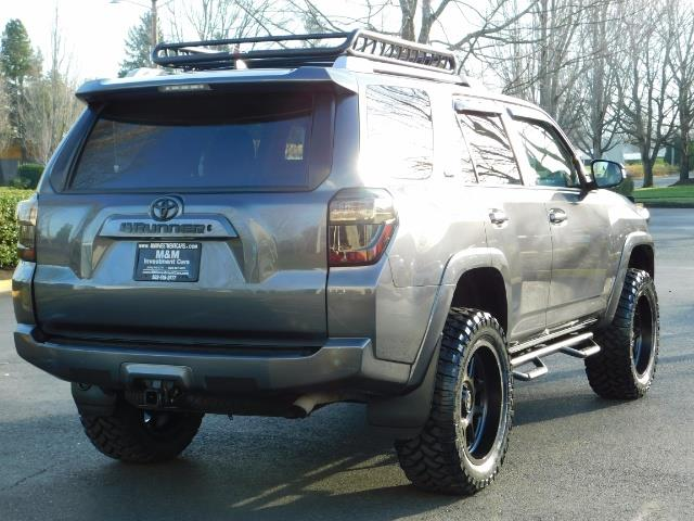 2016 Toyota 4Runner SR5 / 4X4 / Nav / Backup/ LIFTED LIFTED / Execl Co - Photo 8 - Portland, OR 97217