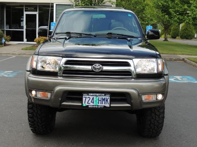 1999 Toyota 4Runner Limited 4WD / V6 / Leather / Sunroof / LIFTED - Photo 5 - Portland, OR 97217