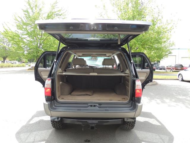 1999 Toyota 4Runner Limited 4WD / V6 / Leather / Sunroof / LIFTED - Photo 36 - Portland, OR 97217