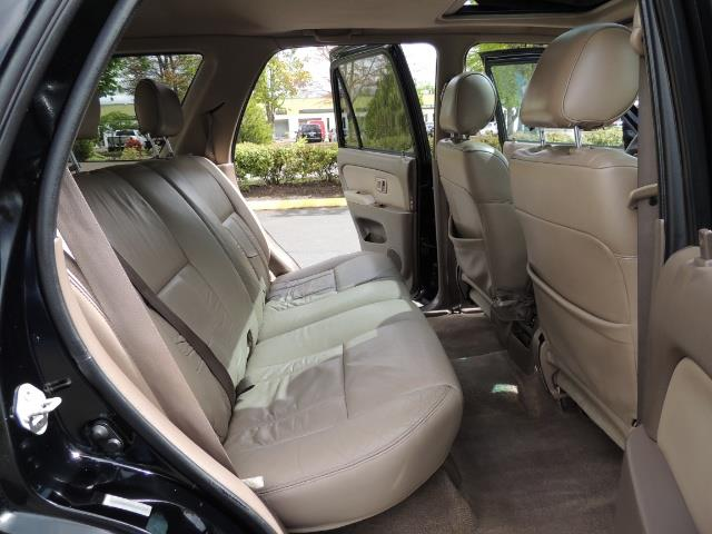 1999 Toyota 4Runner Limited 4WD / V6 / Leather / Sunroof / LIFTED - Photo 28 - Portland, OR 97217