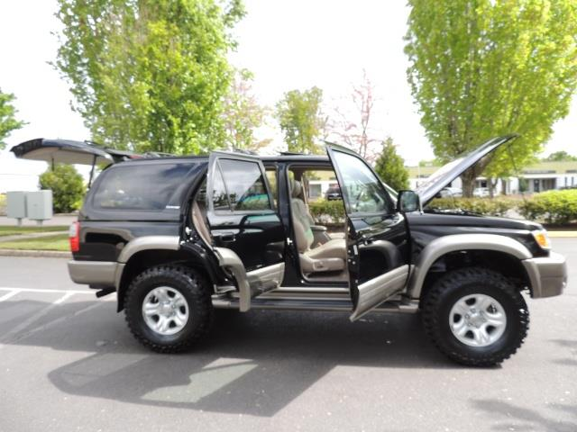 1999 Toyota 4Runner Limited 4WD / V6 / Leather / Sunroof / LIFTED - Photo 38 - Portland, OR 97217