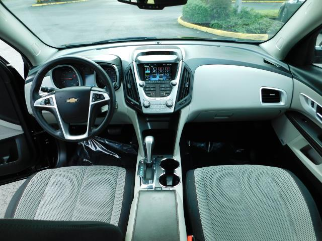 2015 Chevrolet Equinox LT / Sport Utility / AWD / Sunroof / 1-OWNER - Photo 19 - Portland, OR 97217