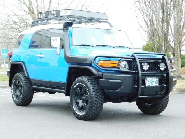 2007 Toyota FJ Cruiser 4X4 V6 40.L / TRD OFF ROAD / Brush Guards/ LIFTED - Photo 2 - Portland, OR 97217