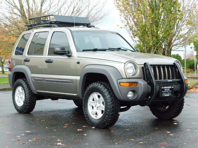 2003 Jeep Liberty Sport Utility 4X4 / V6 3.7L / LIFTED - Photo 2 - Portland, OR 97217