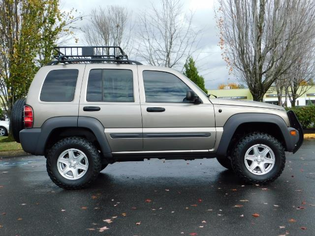 2003 Jeep Liberty Sport Utility 4X4 / V6 3.7L / LIFTED - Photo 4 - Portland, OR 97217