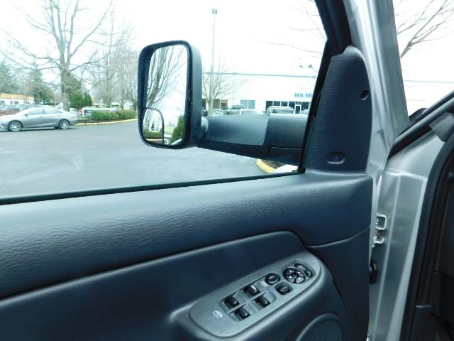 2004 Dodge Ram 2500 SLT 4X4 5.9L Cummins Diesel / LIFTED / 1-OWNER - Photo 20 - Portland, OR 97217