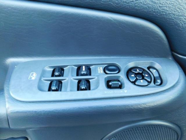 2004 Dodge Ram 2500 SLT 4dr Quad Cab / 4X4 / 5.9L DIESEL High Output - Photo 33 - Portland, OR 97217