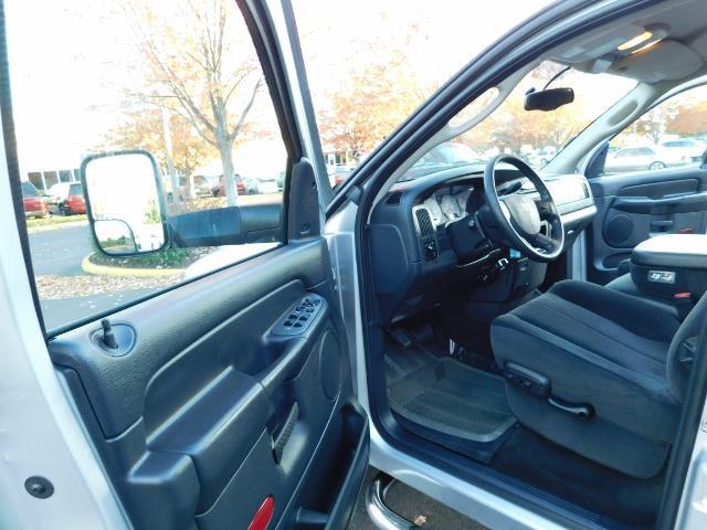 2004 Dodge Ram 2500 SLT 4dr Quad Cab / 4X4 / 5.9L DIESEL High Output - Photo 13 - Portland, OR 97217