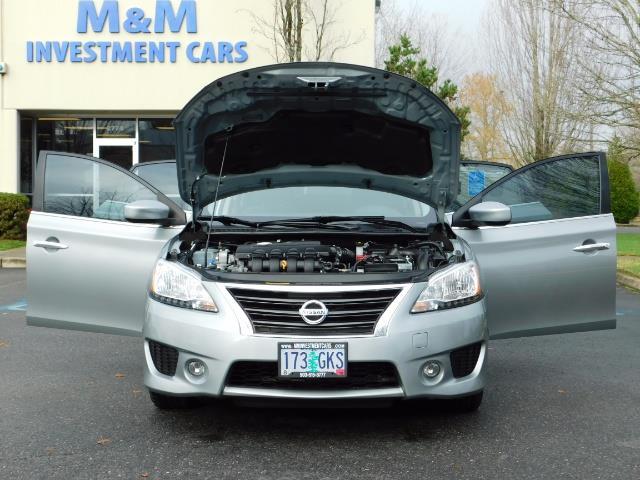 2013 Nissan Sentra SR / Navigation / Backup / Sunroof / 1-OWNER - Photo 33 - Portland, OR 97217