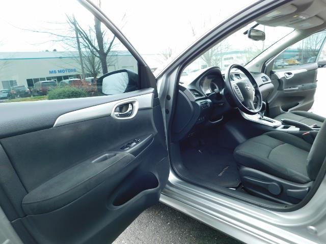 2013 Nissan Sentra SR / Navigation / Backup / Sunroof / 1-OWNER - Photo 13 - Portland, OR 97217