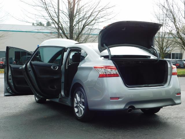 2013 Nissan Sentra SR / Navigation / Backup / Sunroof / 1-OWNER - Photo 27 - Portland, OR 97217