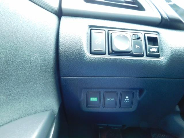 2013 Nissan Sentra SR / Navigation / Backup / Sunroof / 1-OWNER - Photo 41 - Portland, OR 97217